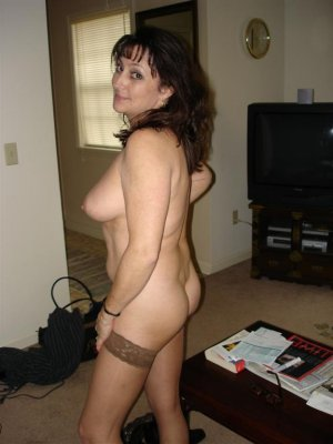 Syeda granny outcall escort in Dover, NJ