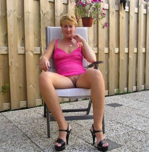 Ila granny escort girls in Glasgow, DE