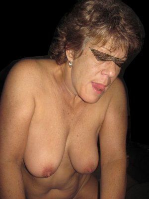 Andrée-anne granny escorts in Jamestown