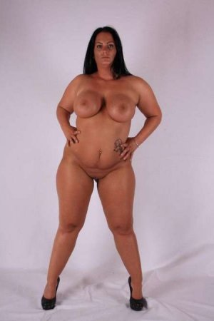 Maria-madalena gay call girl in Miamisburg, OH